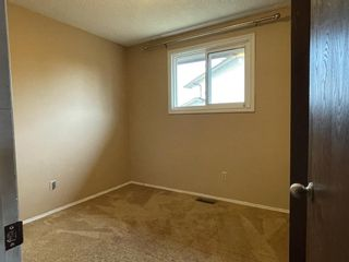Photo 14: 40 TEMPLEBY Way NE in Calgary: Temple Semi Detached for sale : MLS®# A1126559