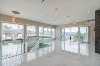 Photo 4: 5610 DUNDAS Street in Burnaby: Capitol Hill BN House for sale (Burnaby North)  : MLS®# R2549133