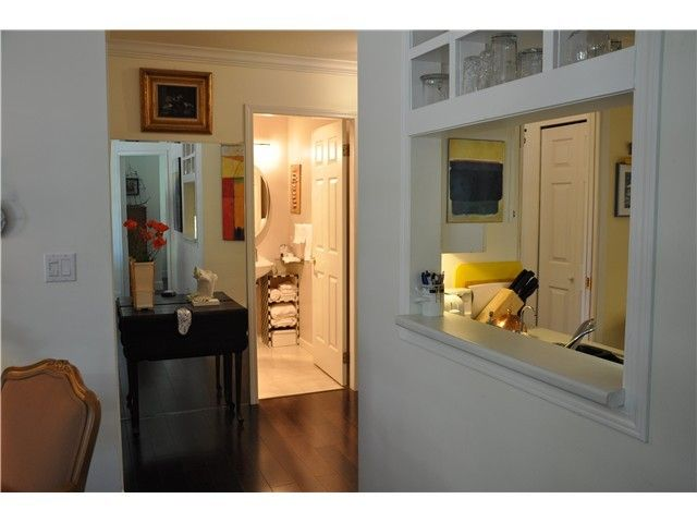 Photo 5: Photos: # 17 2130 MARINE DR in West Vancouver: Dundarave Condo  : MLS®# V987286