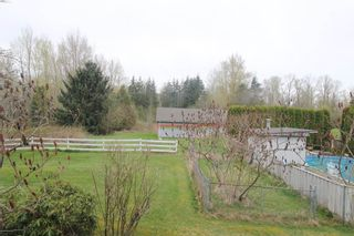 """Photo 3: 22033 28 Avenue in Langley: Campbell Valley House for sale in """"Campbell Valley"""" : MLS®# R2356683"""
