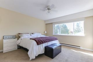 """Photo 9: 43 4947 57 Street in Delta: Hawthorne Townhouse for sale in """"OASIS"""" (Ladner)  : MLS®# R2361943"""