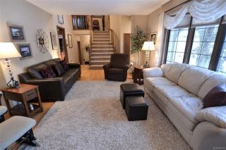 Photo 4: 5 Ash Bay in Morris: R17 Residential for sale : MLS®# 1814075