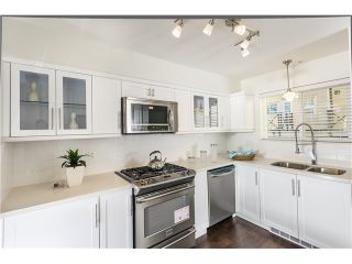 """Photo 4: 201 3736 COMMERCIAL Street in Vancouver: Victoria VE Townhouse for sale in """"Elements"""" (Vancouver East)  : MLS®# V979765"""