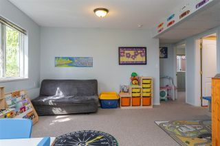 """Photo 16: 8045 D'HERBOMEZ Drive in Mission: Mission BC House for sale in """"College Heights"""" : MLS®# R2353591"""