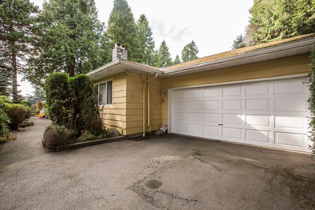 """Photo 11: Photos: 3521 W 47TH Avenue in Vancouver: Southlands House for sale in """"SOUTHLANDS"""" (Vancouver West)  : MLS®# R2005508"""