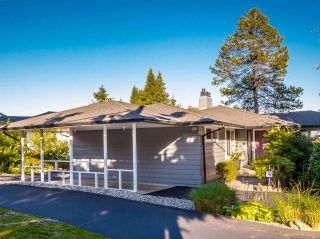 Photo 2: 1103 CLOVERLEY STREET in North Vancouver: Calverhall House for sale : MLS®# R2096309