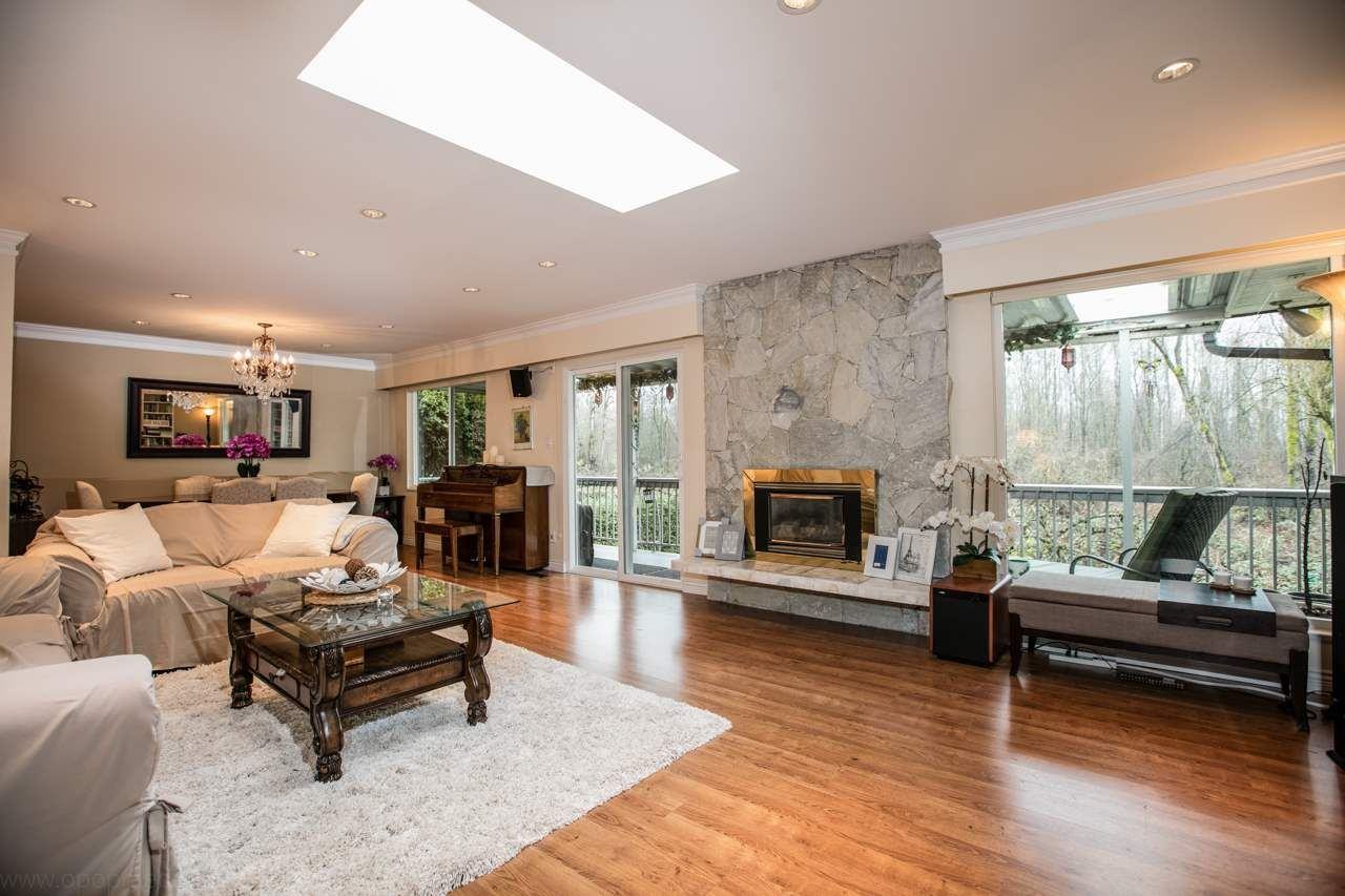 """Photo 2: Photos: 3168 E 63RD Avenue in Vancouver: Champlain Heights House for sale in """"CHAMPLAIN HEIGHTS"""" (Vancouver East)  : MLS®# R2027923"""