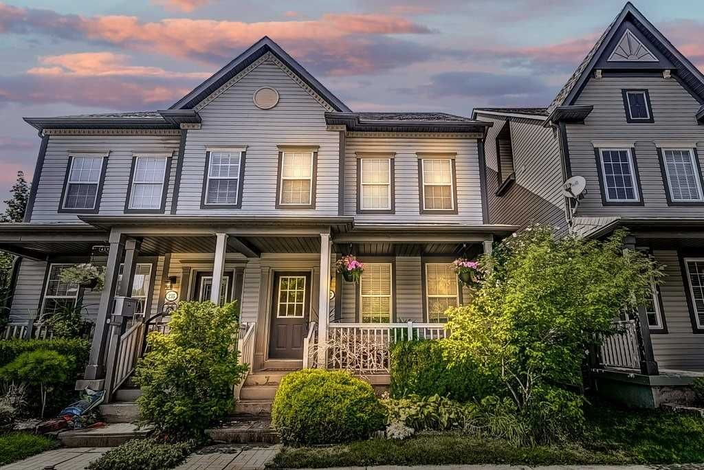 Dewi Fairclough Real Estate 237 Littlewood Drive, Oakville