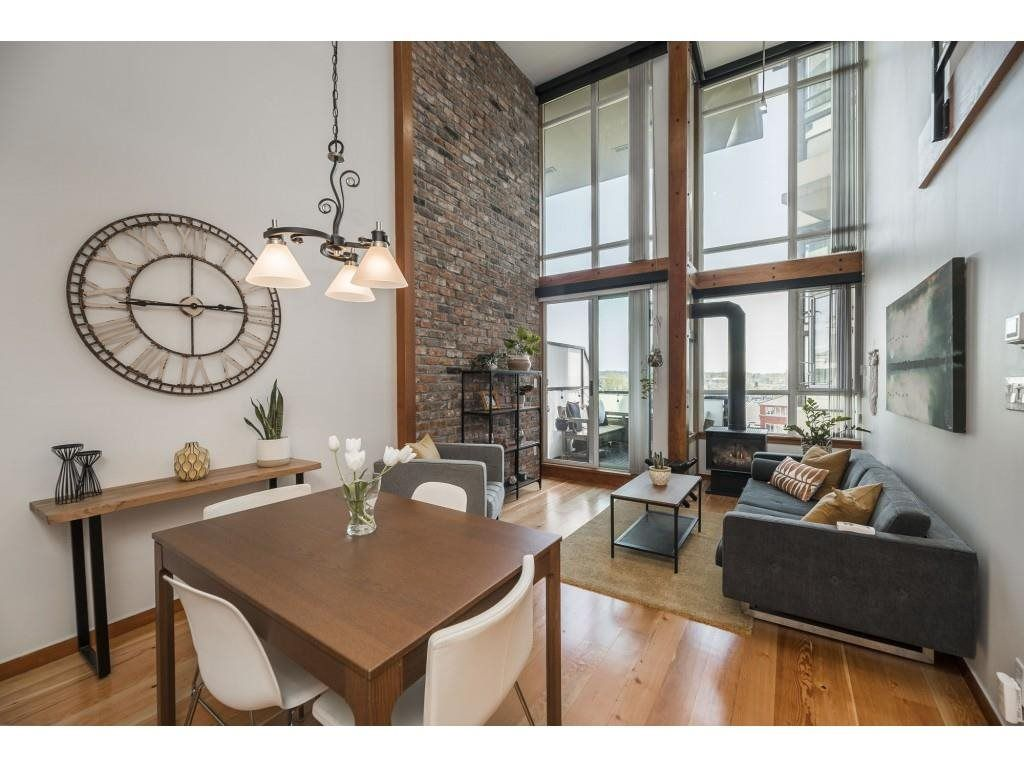 """Main Photo: 415 7 RIALTO Court in New Westminster: Quay Condo for sale in """"MURANO LOFTS"""" : MLS®# R2573007"""