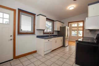 Photo 9: 878 Beaverbrook Street in Winnipeg: River Heights South Residential for sale (1D)  : MLS®# 202028124