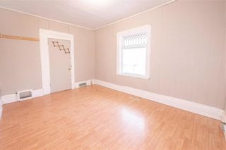 Photo 4: 368 Aberdeen Avenue in Winnipeg: North End Residential for sale (4A)  : MLS®# 202106046