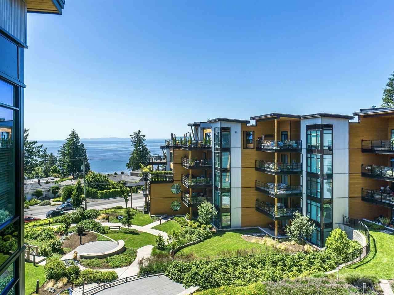 """Main Photo: 512 14855 THRIFT Avenue: White Rock Condo for sale in """"THE ROYCE"""" (South Surrey White Rock)  : MLS®# R2289976"""