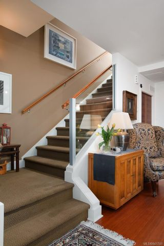 Photo 14: 3 828 Rupert Terr in Victoria: Vi Downtown Row/Townhouse for sale : MLS®# 841741