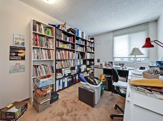 Photo 33: 127 COACHWOOD CR SW in Calgary: Coach Hill House for sale ()  : MLS®# C4229317