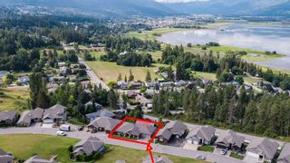 Photo 4: 21 2990 Northeast 20 Street in Salmon Arm: The Uplands House for sale (Salmon Arm NE)
