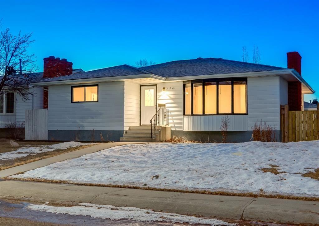 Main Photo: 11039 166 Avenue: Edmonton Detached for sale : MLS®# A1083224