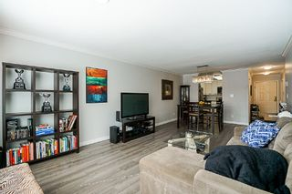 Photo 6: 106 1378 GEORGE Street: White Rock Condo for sale (South Surrey White Rock)  : MLS®# R2310592