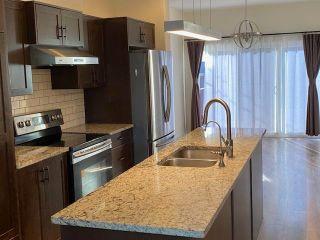 Photo 2: 9850 162 Street in Edmonton: Zone 22 House for sale : MLS®# E4262936