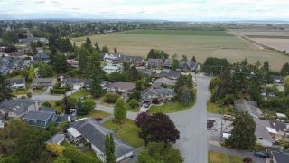 Photo 31: 5125 S WHITWORTH Crescent in Delta: Ladner Elementary House for sale (Ladner)  : MLS®# R2590667