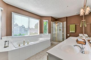 """Photo 11: 9 20750 TELEGRAPH Trail in Langley: Walnut Grove Townhouse for sale in """"Heritage Glen"""" : MLS®# R2267788"""