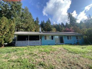 Photo 2: 12918 FRONT Road in Madeira Park: Pender Harbour Egmont House for sale (Sunshine Coast)  : MLS®# R2625769