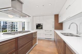Photo 12: 705 8 SMITHE Mews in Vancouver: Yaletown Condo for sale (Vancouver West)  : MLS®# R2612133