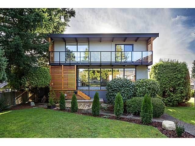 Main Photo: 857 E 12TH Street in North Vancouver: Boulevard House for sale : MLS®# V1107599