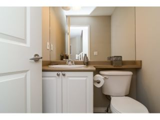 """Photo 10: 71 17097 64 Avenue in Surrey: Cloverdale BC Townhouse for sale in """"The Kentucky"""" (Cloverdale)  : MLS®# R2064911"""