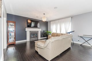 Photo 9: 1436 CHAHLEY Place in Edmonton: Zone 20 House for sale : MLS®# E4245265