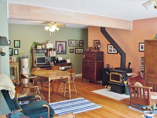 Photo 9: 7980 COOPER RD in Halfmoon Bay: Halfmn Bay Secret Cv Redroofs House for sale (Sunshine Coast)  : MLS®# V1107211