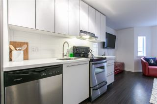 """Photo 3: 306 370 CARRALL Street in Vancouver: Downtown VE Condo for sale in """"21 Doors"""" (Vancouver East)  : MLS®# R2557120"""