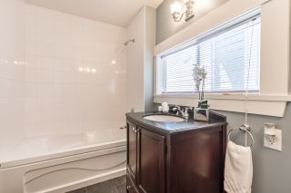 Photo 11: 1550 E 12TH Avenue in Vancouver: Grandview VE House for sale (Vancouver East)  : MLS®# R2179428