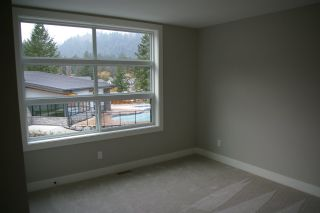 """Photo 6: 25 1885 COLUMBIA VALLEY Road: Lindell Beach House for sale in """"AQUADEL CROSSING"""" (Cultus Lake)  : MLS®# R2250005"""