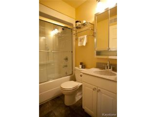 Photo 14: 134 Harrowby Avenue in WINNIPEG: St Vital Residential for sale (South East Winnipeg)  : MLS®# 1420908