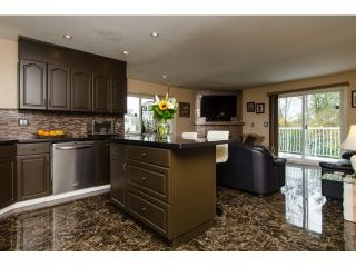 Photo 5: 19916 FAIRFIELD Avenue in Pitt Meadows: South Meadows House for sale : MLS®# R2010942