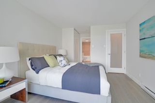 """Photo 14: 405 1490 PENNYFARTHING Drive in Vancouver: False Creek Condo for sale in """"Harbour Cove"""" (Vancouver West)  : MLS®# R2615809"""
