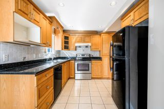 Photo 9: 888 W 70TH Avenue in Vancouver: Marpole 1/2 Duplex for sale (Vancouver West)  : MLS®# R2611004