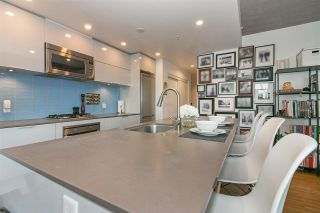 """Photo 11: 803 128 W CORDOVA Street in Vancouver: Downtown VW Condo for sale in """"WOODWARDS W43"""" (Vancouver West)  : MLS®# R2241482"""