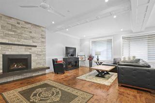 "Photo 3: 20924 HUNTER Place in Maple Ridge: Southwest Maple Ridge House for sale in ""West Maple Ridge"" : MLS®# R2427239"