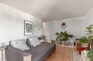 """Photo 4: 203 215 N TEMPLETON Drive in Vancouver: Hastings Condo for sale in """"Porto Vista"""" (Vancouver East)  : MLS®# R2618267"""