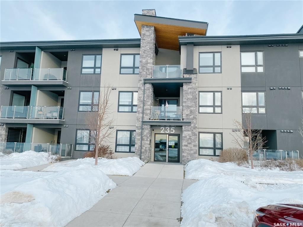 Main Photo: 111 235 Evergreen Square in Saskatoon: Evergreen Residential for sale : MLS®# SK837317