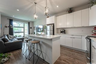 Photo 5: 707 L Avenue South in Saskatoon: King George Residential for sale : MLS®# SK859301