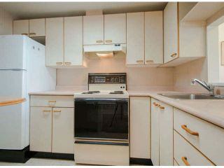 "Photo 4: 810 15111 RUSSELL Avenue: White Rock Condo for sale in ""Pacific Terrace"" (South Surrey White Rock)  : MLS®# F1424896"