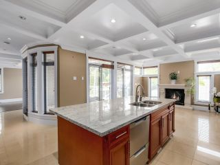 """Photo 10: 4935 W COLLEGE HIGHROAD Avenue in Vancouver: University VW House for sale in """"Little Australia"""" (Vancouver West)  : MLS®# R2547740"""