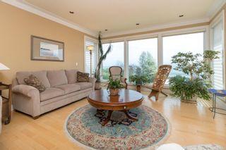 Photo 8: 5064 Lochside Dr in : SE Cordova Bay House for sale (Saanich East)  : MLS®# 873682