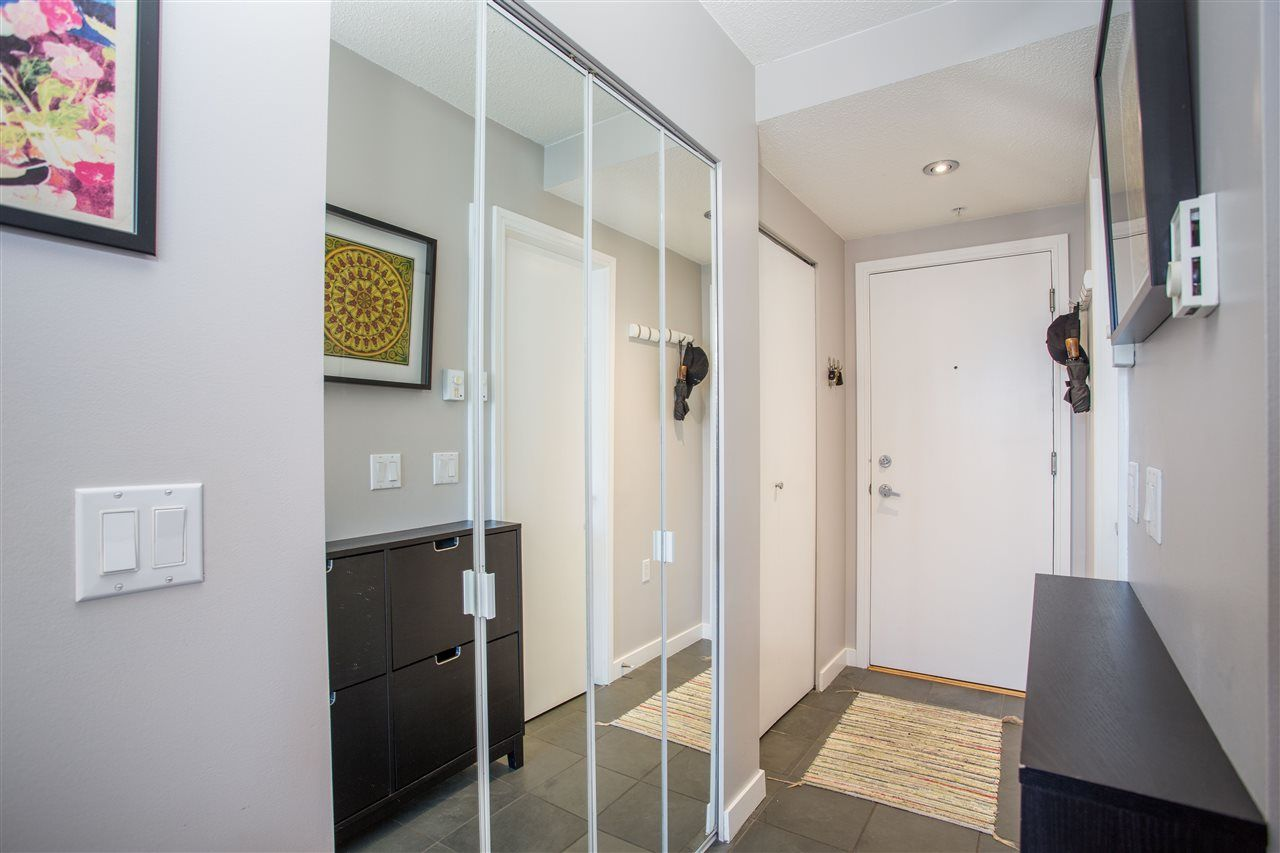 """Photo 12: Photos: 1008 1068 HORNBY Street in Vancouver: Downtown VW Condo for sale in """"The Canadian"""" (Vancouver West)  : MLS®# R2389948"""