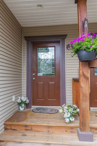 """Photo 3: 3 7543 MORROW Road: Agassiz Townhouse for sale in """"TANGLEBERRY LANE"""" : MLS®# R2585293"""