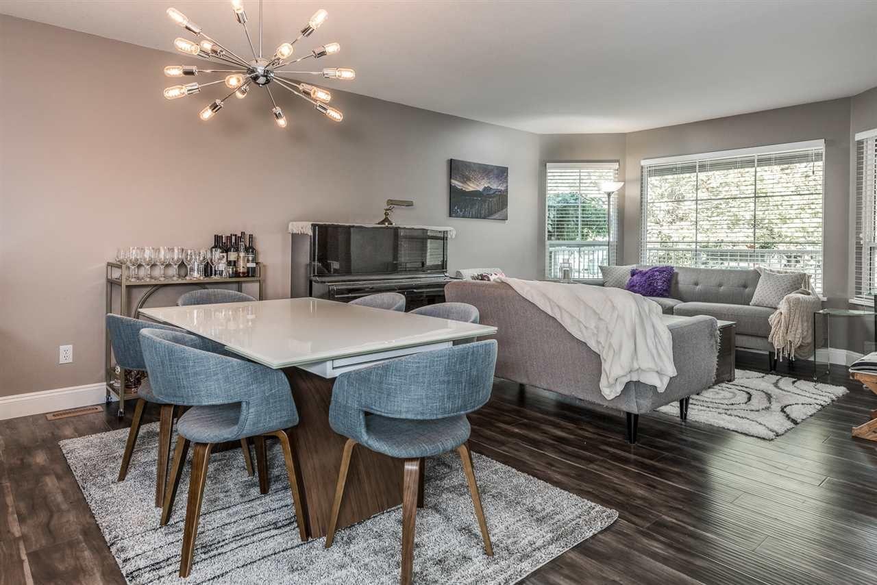 "Photo 3: Photos: 22231 CHALDECOTT Drive in Richmond: Hamilton RI House for sale in ""HMILTON"" : MLS®# R2217465"