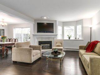 Photo 1: 2852 W 8TH Avenue in Vancouver: Kitsilano 1/2 Duplex for sale (Vancouver West)  : MLS®# R2145094