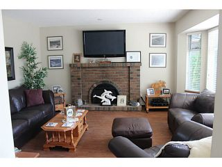 """Photo 5: 5445 48A Avenue in Ladner: Hawthorne House for sale in """"HAWTHORNE"""" : MLS®# V1117318"""
